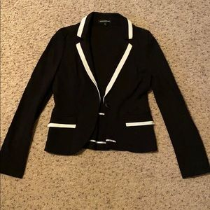 Express Black blazer with white outline